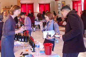 13 acheteurs et journalistes asiatiques à Châteauneuf-du-Pape